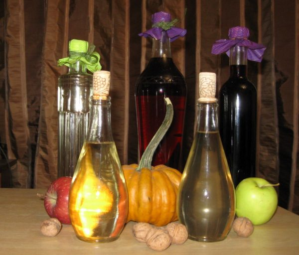 tuica de fructe naturala